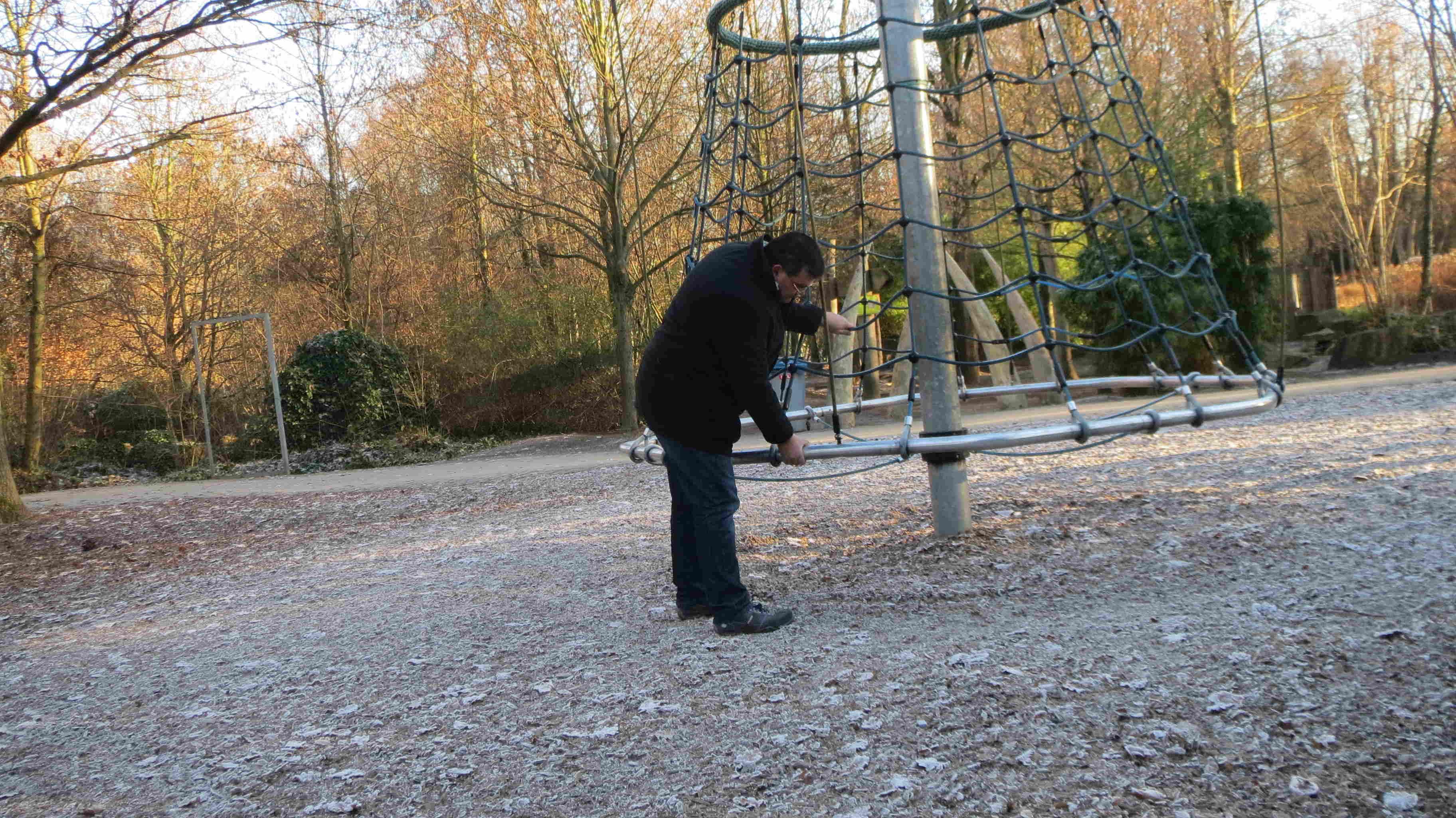 Spielplatzinspektion